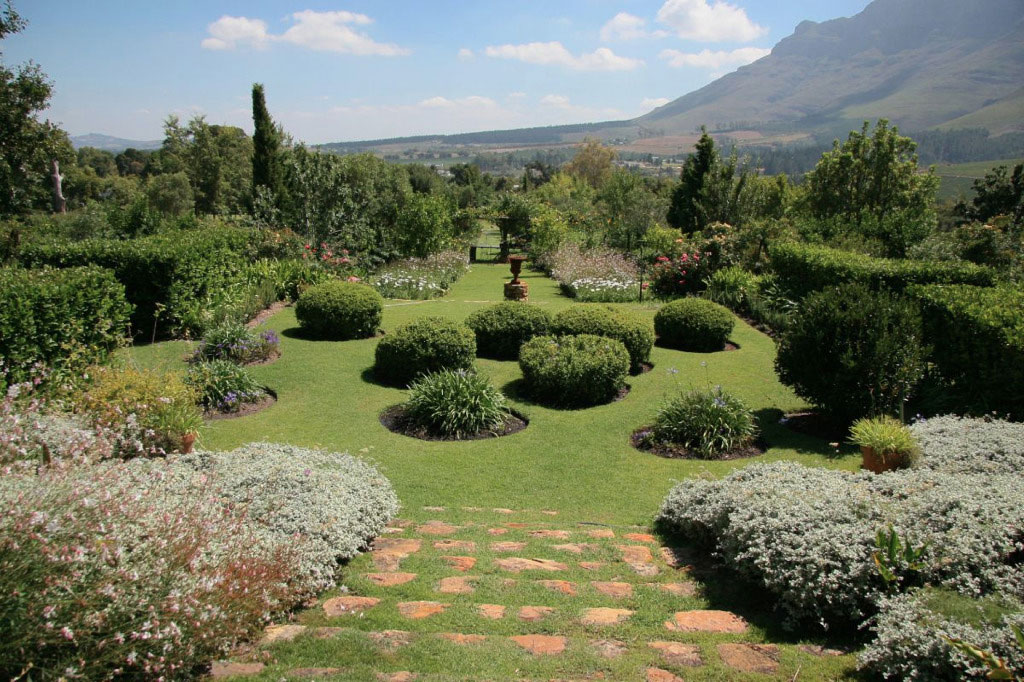 Toulouse in Stellenbosch is available as photoshoot and film location