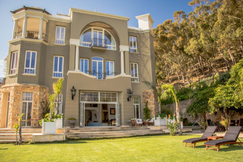Castle Rock: Shoot My House Classic Gardens Location Clifton Cape Town