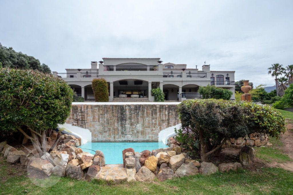 Florentine: Shoot My House Classic Contemporary Gardens Location Constantia Cape Town