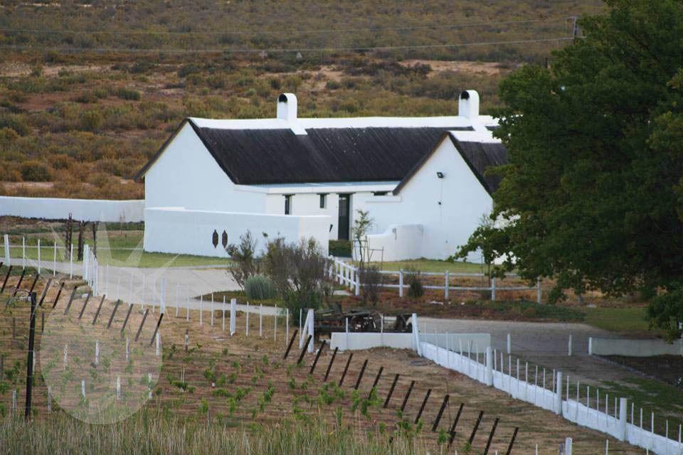 Karoo 1: Shoot My House Classic Farms Location De Doorns Western Cape