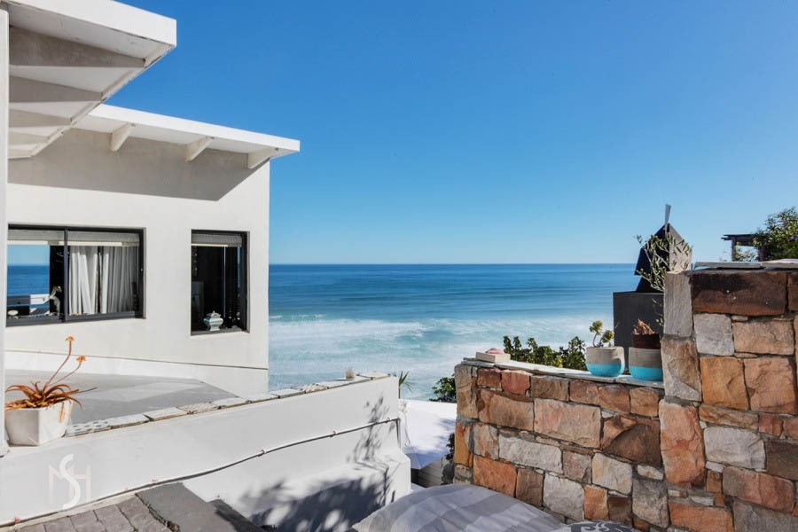 Little Mermaid: Shoot My House Modern Beach Location Misty-Cliffs Cape Town