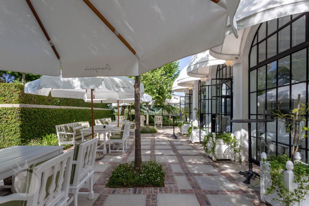 Marie Antoinette: Shoot My House Classic Location Franschoek Cape Town