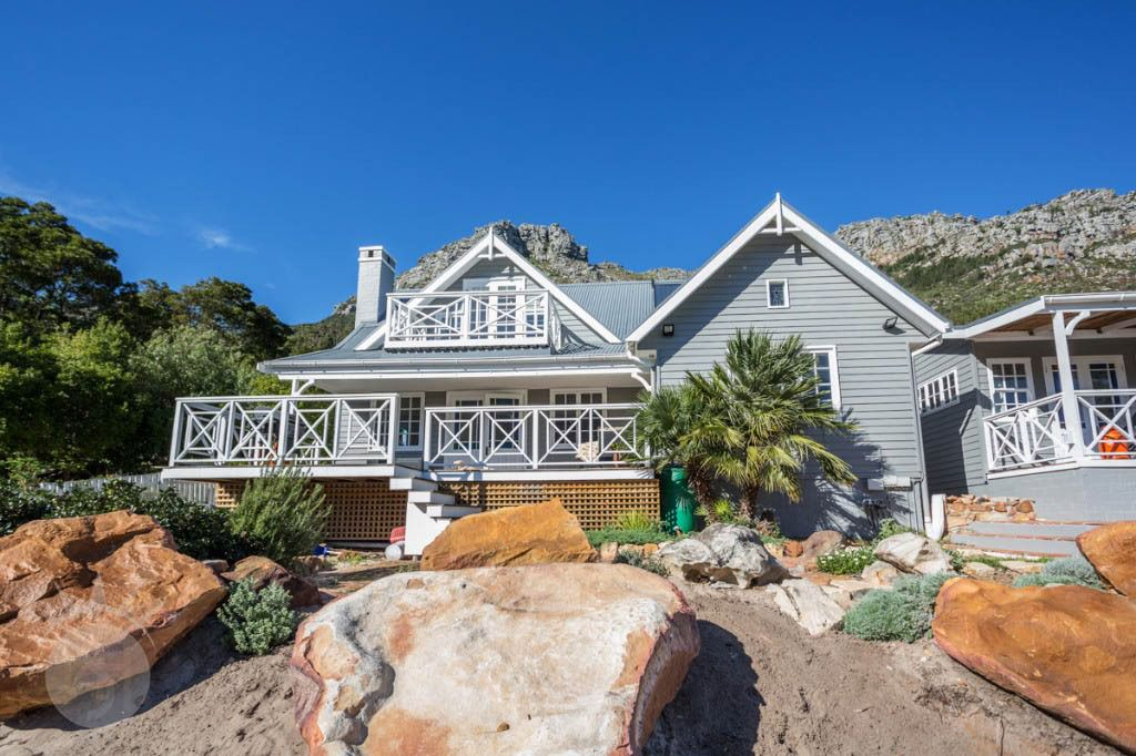 Mountain Air: Shoot My House Contemporary Location Hout-Bay Cape Town