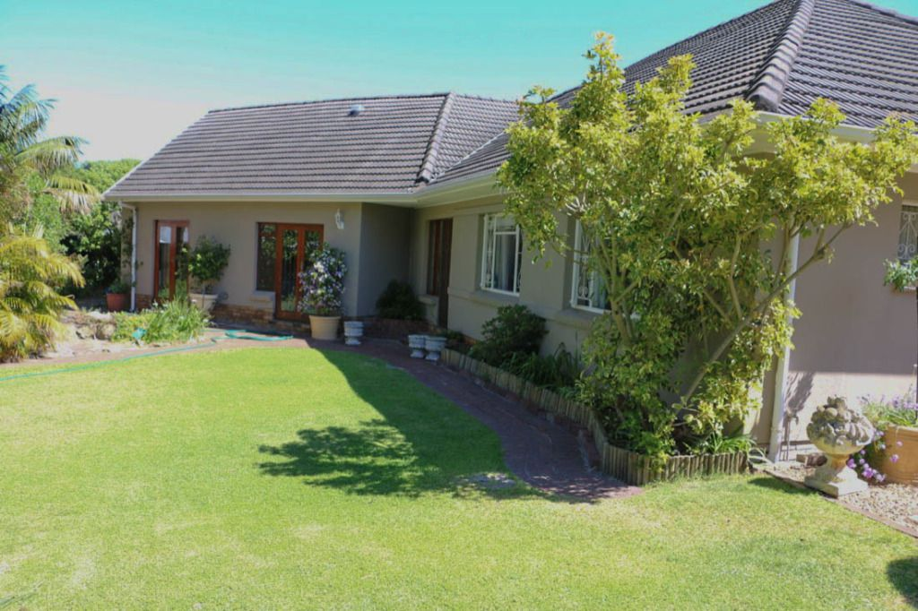 Suburbian Classic Family Home Location Bergvliet Cape Town