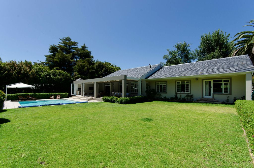 Summer Sparkle: Shoot My House Classic Gardens Location Constantia Cape Town