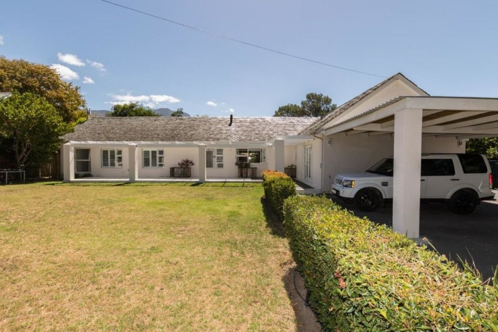 Valley Girl: Shoot My House Classic Location Constantia Cape Town