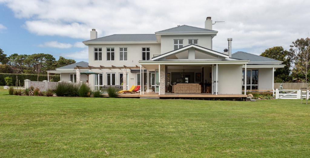 Dallas: Shoot My House Contemporary Gardens Location Noordhoek Cape Town