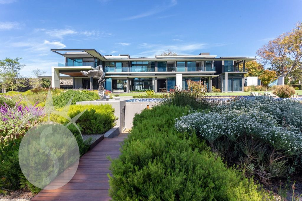 Dawn 777: Shoot My House Modern Gardens Villas Location Constantia Cape Town