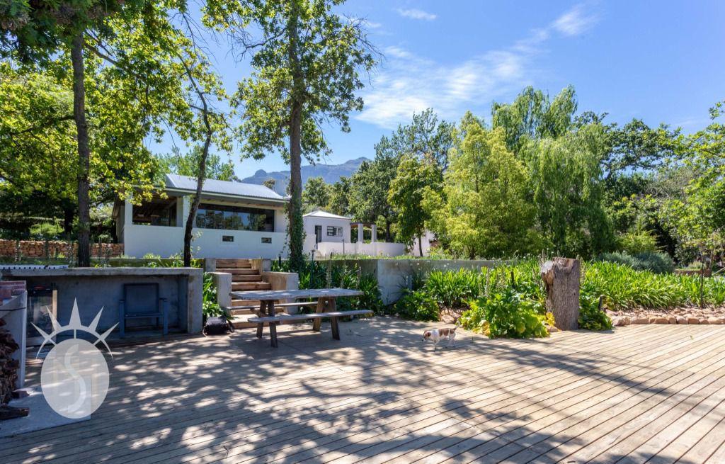 Helderzicht: Shoot My House Contemporary Farms Location Stellenbosch Cape Town