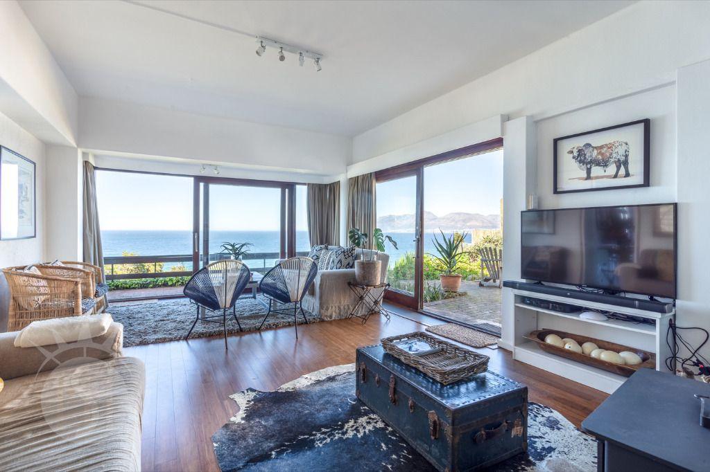 High Bracken: Shoot My House Contemporary Location St James Cape Town