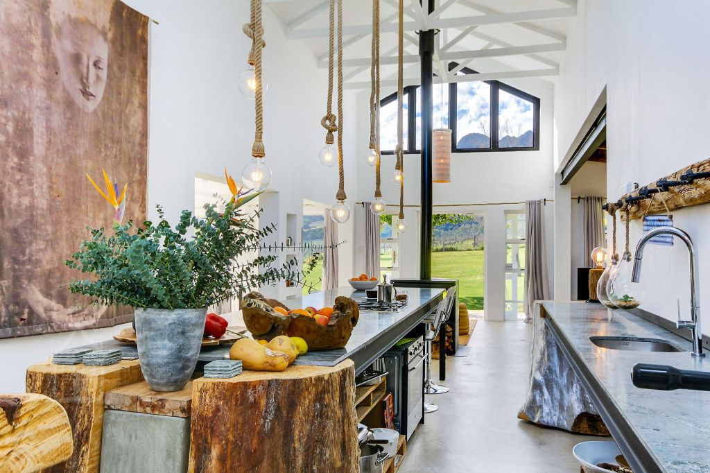 Living Beautifully/Barefoot: Shoot My House Contemporary Gardens Location Somerset West Cape Town