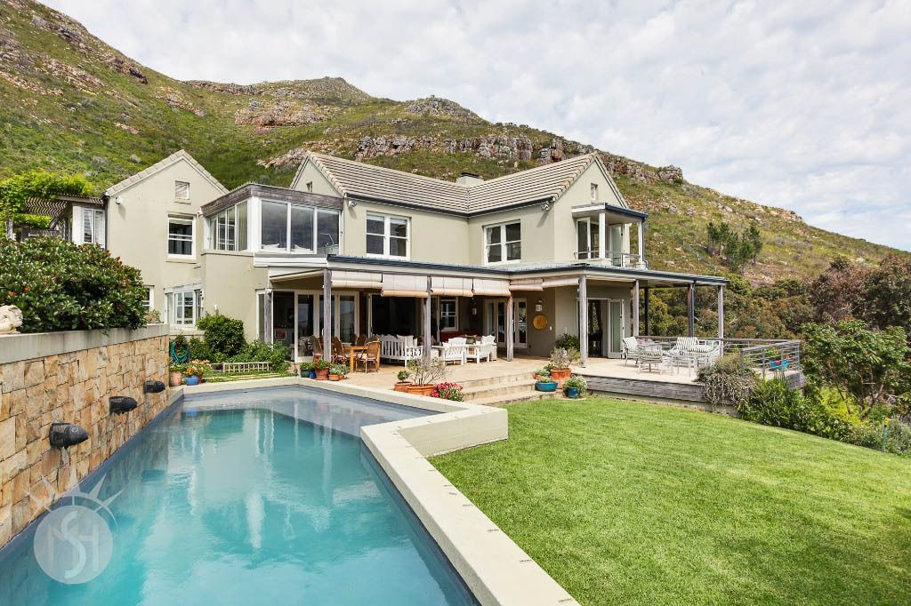 Maestag: Shoot My House Gardens Modern Location Cape Point Cape Town
