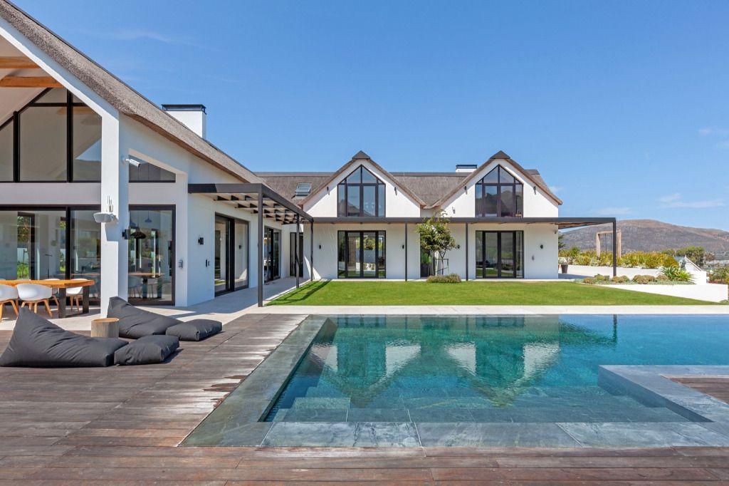 Nimano Hillside: Shoot My House Contemporary Modern Location Noordhoek Cape Town