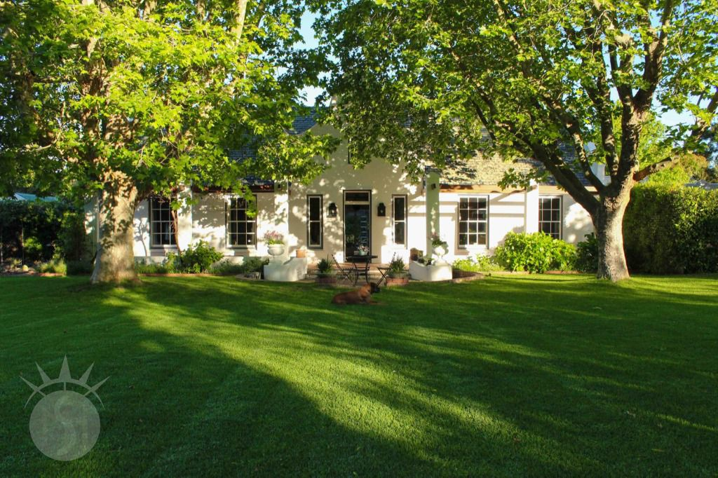 Southern Belle: Shoot My House Gardens Location Constantia Cape Town