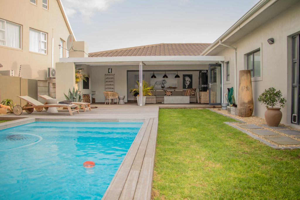 Swish: Shoot My House Modern Location Blouberg Cape Town