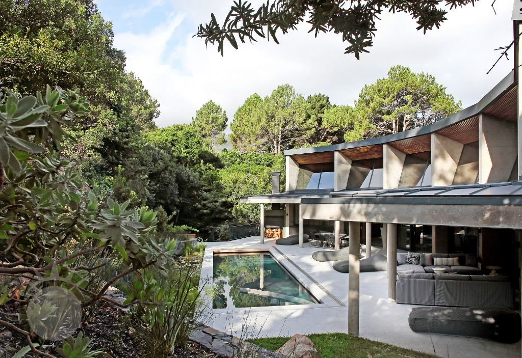 Villa Verte: Shoot My House Modern Location Hout Bay Cape Town