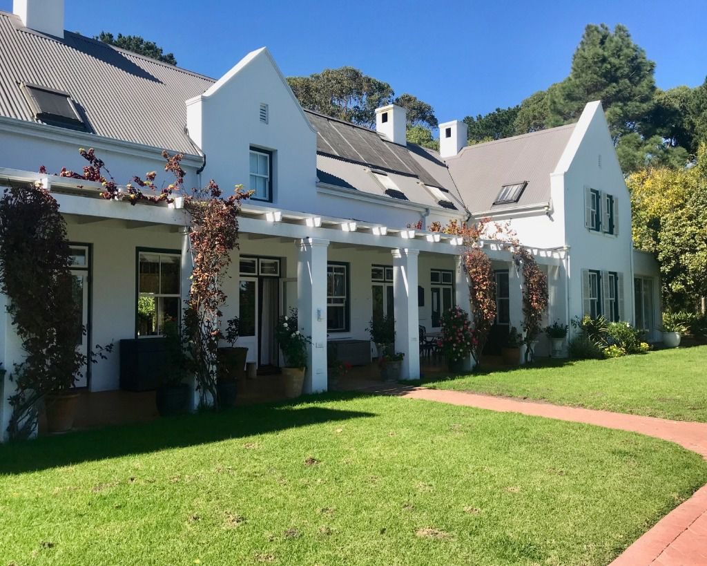 Yellowood House: Shoot My House Gardens Location Noordhoek Cape Town