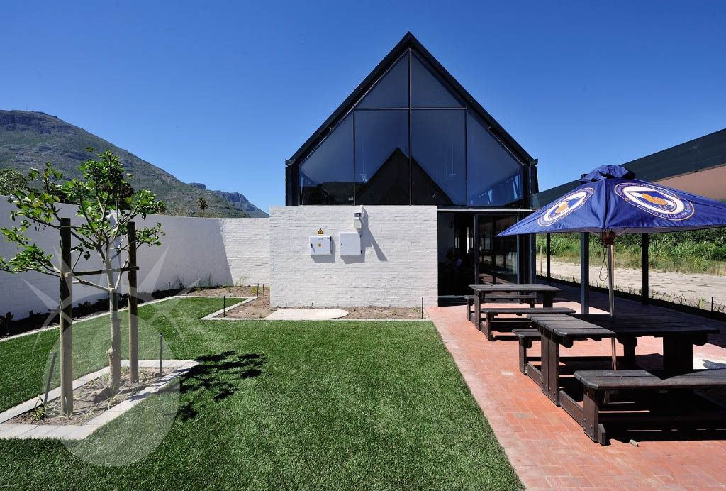 International School: Shoot My House Commercial Contemporary Location Houtbay Cape Town