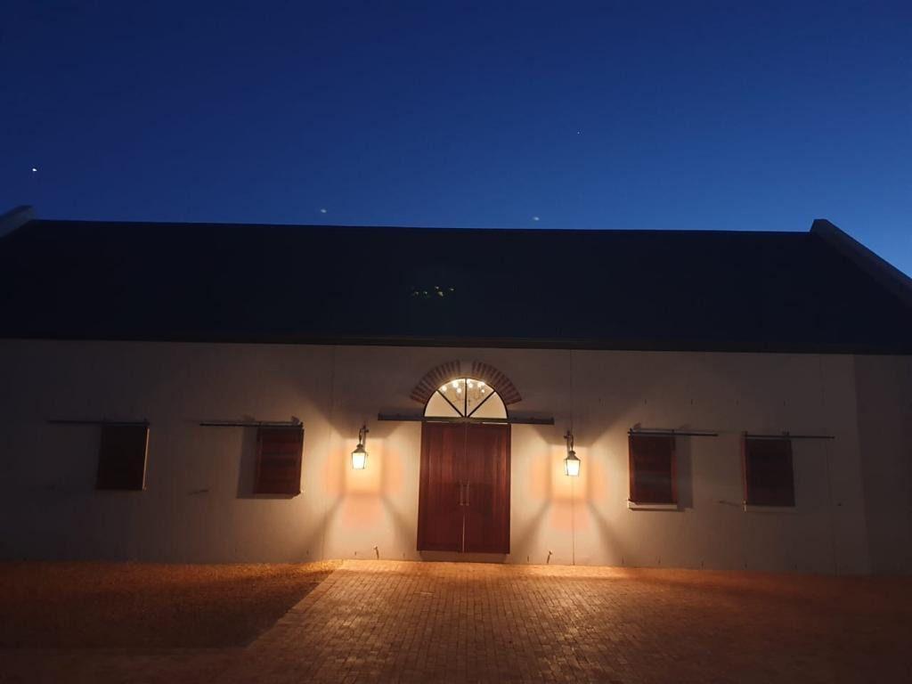 Bosch Farm:Contemporary Shoot My House Location Devon Valley Stellenbosch
