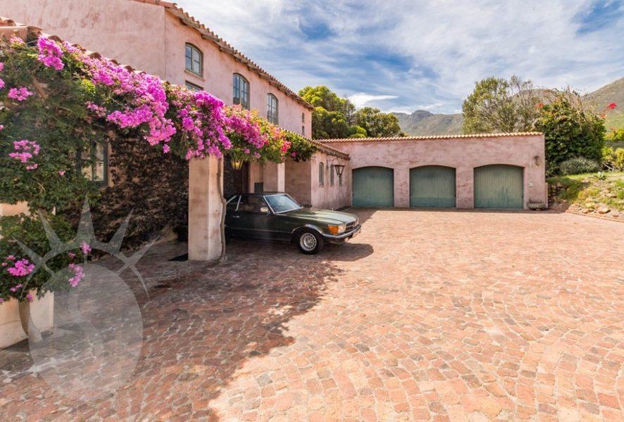 Hacienda luxurious home in Noordhoek Cape Town